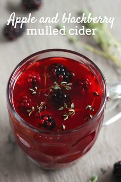 Apple and blackberry mulled cider – Easy Cheesy Vegetarian Mulled Cider Recipe, Mulled Apple Cider, Mulled Wine, Christmas Drinks, Holiday Drinks, Holiday Recipes, Vegan Christmas, Christmas Treats, Christmas Recipes