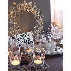 Teelichthalter-Set, 4-tlg., in der Form von Krönchen aus klarem, ungefärbtem Glas. #Kronen #Deko #Weihnachten #Impressionenversand