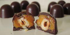 De her fyldte chokolader med dejlig snasket karamel og knasende hasselnødder er slet ikke til at stå for – og aldrig har karamel være så nemt at lave.