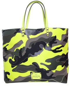 baa79563d6 Shop Women s Valentino Totes and shopper bags on Lyst. Track over 4014  Valentino Totes and shopper bags for stock and sale updates.