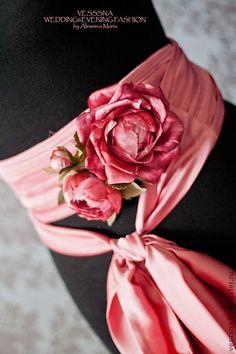 """Свадебный пояс с цветами. """" Розовый сон"""" - розовый,шелковые цветы,пояс свадебного платья"""