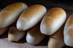 Bosnaweckerl – HOMEBAKING BLOG Bread, Food, Baking Buns, Homemade Breads, Knot Bun, Brot, Essen, Baking, Meals