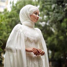 muslim wedding dresses without hijab Muslim Wedding Dresses, Muslim Brides, Wedding Hijab, Wedding Bride, Bridal Dresses, Wedding Makeup, Muslim Girls, Gothic Wedding, Elegant Wedding