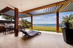 vergola-residential woodland_grey flat_roof timber-105.jpg