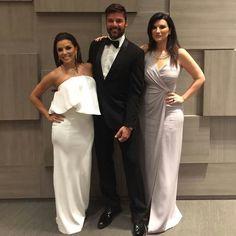 Laura Pausini ❤ Bridesmaid Dresses, Wedding Dresses, Superstar, Celebs, Formal Dresses, Sexy, Queen, Fashion, Bridesmade Dresses