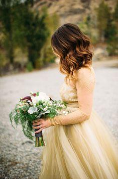 Gorgeous Gold Lace W