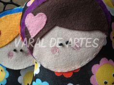 Matrioskas  www.facebook.com/lojavaraldeartes Toy Art, Crochet Hats, Facebook, Toys, Design, Clothes Line, Knitting Hats, Activity Toys, Design Comics