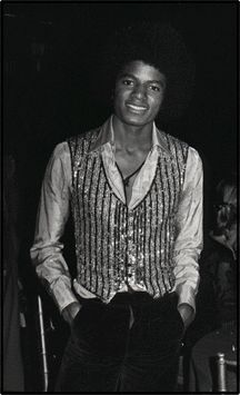 A rare photo of Michael Jackson at the premiere of The Wiz, 1979