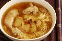 暖呼呼的微醺 - 全酒麻油雞麵線 Taiwanese Sesame Chicken Soup食譜、作法 | 廚房探險家凱西的多多開伙食譜分享
