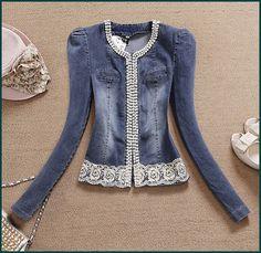 Risultati immagini per jaqueta jeans com renda Denim Blazer, Denim Shirt Dress, Denim Outfit, Jacket Dress, Denim Fashion, Fashion Outfits, Diy Clothes Refashion, Mode Jeans, Denim Ideas