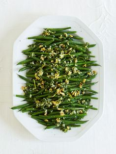 Green Beans Gremolata from Ina Garten (Barefoot Contessa). Can blanch the green beans up to 4 days before and assemble in five mins on Thanksgiving