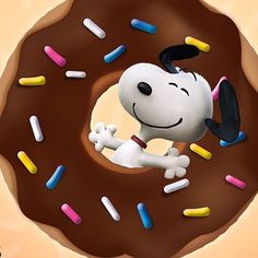 Image discovered by Normi_garb. Find images and videos about snoopy+woodstock and dona+yummy on We Heart It - the app to get lost in what you love. Peanuts Movie, Peanuts Cartoon, Peanuts Characters, Peanuts Snoopy, Snoopy Love, Snoopy And Woodstock, Charlie Brown Und Snoopy, Snoopy Images, National Donut Day