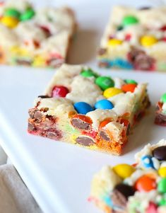 Lazy Cookie Bars - Cookies and Cups