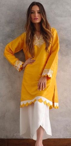 Precious Tips for Outdoor Gardens In general, almost half of the houses in the world… Simple Pakistani Dresses, Pakistani Fashion Casual, Pakistani Dress Design, Pakistani Outfits, Indian Fashion, Indian Outfits, Dress Neck Designs, Stylish Dress Designs, Designs For Dresses
