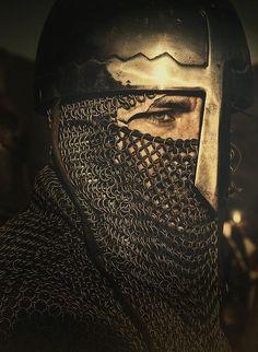 Muitos vassalos de Balduíno IV se recusavam a seguir as ordens de Guy de Lusignan.