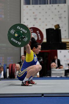 DREAM BIG.  Julia Paratova - 58k lifter snatching 92k.    ...From wonderlifter