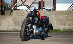 Royal Enfield 350 Bobber by Solow Choppers  #motorcycles #bobber #motos   caferacerpasion.com