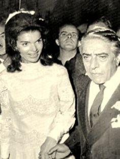 Jackie Bouvier Kennedy Onassis photos jacqueline-onassis-wedding-dress.jpg