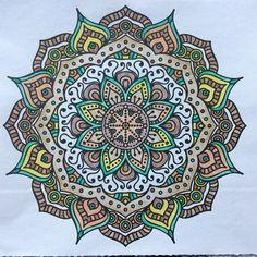 Denksport mandala met Bruijnzeel keverblik en Stabilo color