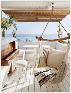 A Seaside Cabin on the Italian Riviera