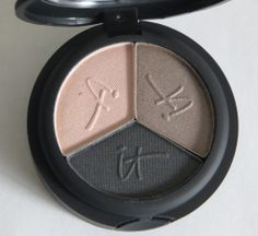 IT Cosmetics Luxe Eyeshadow Review & Swatches via @MyHighestSelfBlog.com