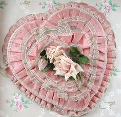 Pink Vintage Valentine Box❤ ❤ ❤