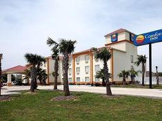Broussard (LA) Comfort Inn United States, North America Comfort Inn is perfectly located for both business and leisure guests in Broussard (LA). Offering a variety of facilities and services, the hotel provides all you need for a good night's sleep. All the necessary facilities, including free Wi-Fi in all rooms, facilities for disabled guests, Wi-Fi in public areas, car park, laundry service, are at hand. Comfortable guestrooms ensure a good night's sleep with some rooms feat...