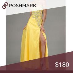 New yellow dress New beautiful yellow dress size 6 Dresses Prom