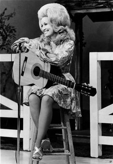 Dolly Parton, c.1960 ... that hair is astounding!  :)