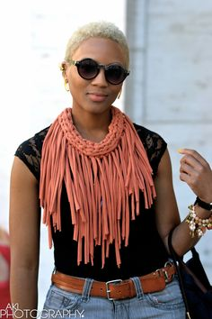 A platform for people of color to showcase their fantastic, irreverent, classic and bold fashion éclat. Bold Fashion, Diy Fashion, Ideias Fashion, Womens Fashion, Fashion Photo, Fashion Check, Fabric Necklace, Fabric Jewelry, Fringe Necklace