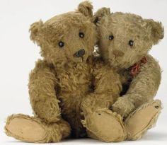 ♥•✿•♥•✿ڿڰۣ•♥•✿•♥  Steiff bear best buddies....  ♥•✿•♥•✿ڿڰۣ•♥•✿•♥