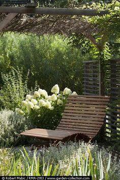 Small Garden wooden recliner / garden design / on TTL Design Outdoor Rooms, Outdoor Gardens, Outdoor Living, Garden Cottage, Home And Garden, Garden Seating, Outdoor Seating, White Gardens, Garden Spaces