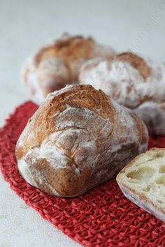 Make real bread without a bread machine and without kneading, it is possible. - the yum Cooking Bread, Bread Baking, Baguette, Empanadas, No Dairy Recipes, Sweet Breakfast, Food Porn, Brunch, Food And Drink