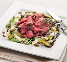 Salade de rosbif, vinaigrette au raifort **Nouveau** Vinaigrette, Cobb Salad, Salad Recipes, Meat, Food, Kitchens, Roast Beef, Healthy Nutrition, Loosing Weight