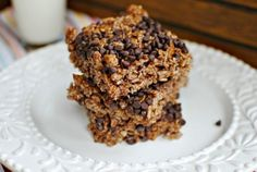 Who knew there was a recipe for Chocolate Chip Kahlua Krispie Treats!! Delicioso!