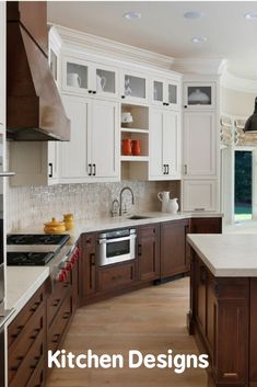 Ideas for two-tone kitchen cabinets to remodel beautiful kitchen cabinets – White N Black Kitchen Cabinets Cottage Kitchen Cabinets, Small Cottage Kitchen, Two Tone Kitchen Cabinets, Kitchen Cabinet Remodel, Kitchen Cabinet Colors, Farmhouse Style Kitchen, Kitchen Tiles Design, Kitchen Wall Tiles, Kitchen Cabinets Color Combination