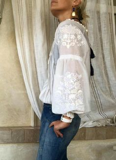 Svitlo Casual Chique, Ethno Style, Mode Boho, Boho Fashion, Womens Fashion, Blouse And Skirt, Folk Costume, White Shirts, Refashion
