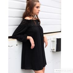 NWT Boho Black Off Shoulder Dress Sz M Relaxed fit dress with elastic smocking and hidden pockets. Perfect for the beach or a night out with your gal pals. 100% RAYON HAND WASH COLD Dresses Mini