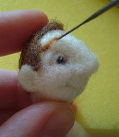 Needlefelting a man - in Russian