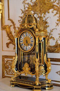 Music Room of the Chateau of Chantilly Unusual Clocks, Cool Clocks, French Clock, Classic Clocks, Retro Clock, Tabletop Clocks, Wall Clock Online, Grandfather Clock, Antique Clocks