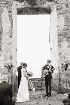 Photo by Olof Elm - Lindström Studio - www.lindstromstudio.se -  © Copyright Fotograf Jonas Lindström AB -  #wedding #bröllop #love #brudpar #vigsel