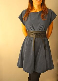 kimono sleeve dress.....I wanna refashion this dress out of something an make this belt too