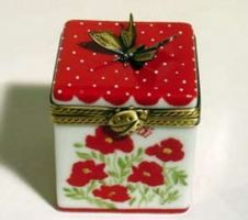 Limoges - Butterfly Box