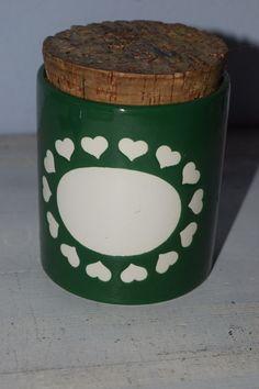 Vintage Aufbewahrung - Runde Herzchen Dose aus Keramik - ein Designerstück von VitaMonella bei DaWanda