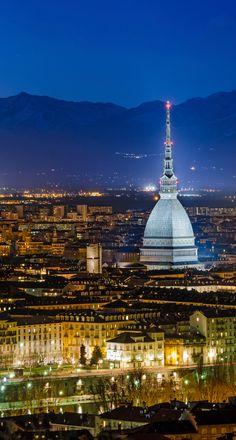 Turin est surprenante, une petite pépite baroque, pleine de surprises entre ses musées modernes, son passé industriel, ses cours secrètes et ses palais flamboyants !