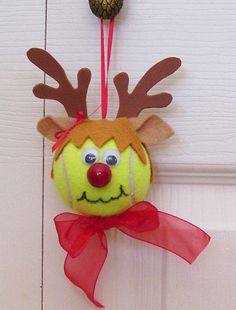 Christmas Reindeer Ornament Tennis Ball - I'd spray paint the tennis ball brown, though.