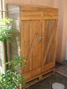 tool shed made from pallets - Google Search