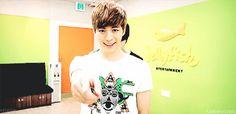 Hongbin stahp I can't breathe <3