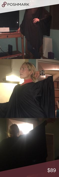 It's a Skirt! It's A dress! A cape! Oh my!👏🏻❤️ This is the most versatile piece I have ever owned- 3 outfits in one! Awesome material, perfect material- washer/ dryer. Simply Amazes.🧚🏻♂️✨💋🙏🏻🌟💫 Dresses High Low