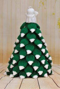 Knit a Christmas tree with the help of this pattern. Each leaf is made individually and then attached to the base of the tree. This is something different to our toy range and will take a while longer than our other knitted toys so you can really get your needles going with this one.